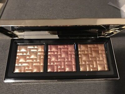 NIB Bobbi Brown - Bobbie To Glow Highlighting Trio  AUTHENTIC
