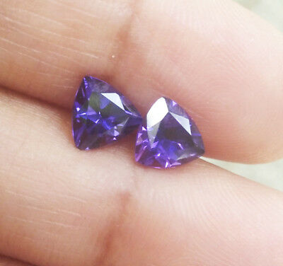 1.80cts. 6x6mm. CORUNDUM PURPLE SAPPHIRE TRILLION EXCELLENT CUT AAA++