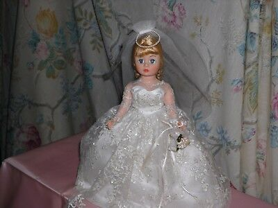 "1989-1990 Madame Alexander 9"" Doll  Cissette Dressed in Barbie's Bride Outfit"