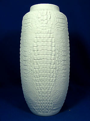 Rare 70´s crocodile skin looking design Kaiser relief porcelain vase 263  28 cm