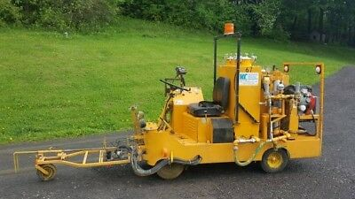 Line striping machine - 1997 Kelly Creswell WV50