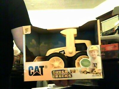 CAT*TOUGH *THE FEEL OF REAL TRACKS* AGES 2+ Brand New see pics. 2014