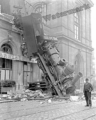Accident   8x10 Photograph of the 1933 Crescent Limited Train  Wreck