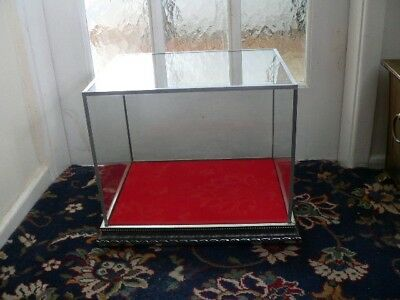 glass display case good for display for Models boats, trucks or military models