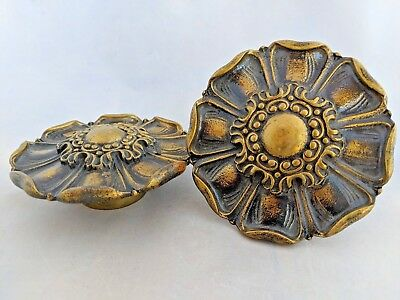 Medallion Antique Brass Cabinet Door Pull Large Vintage Leaves