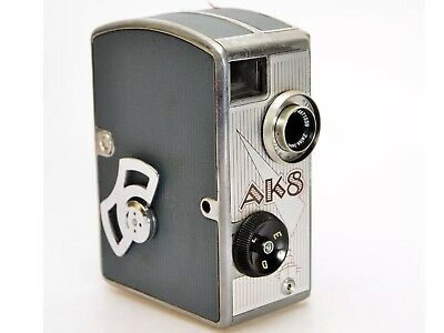 PENTACON AK8 Old Vintage German Movie Camera with Carl Jenna Zeiss Triotar Lens