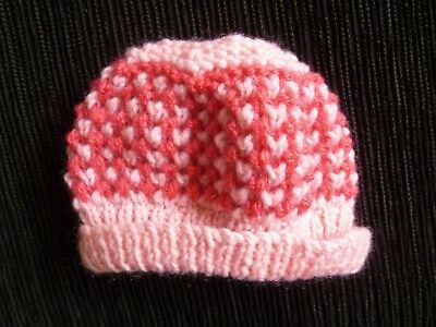 Baby clothes GIRL premature/tiny<7.5lbs/3.4kg soft, knitted hat pinks patterned