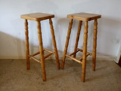 Fine Pair Of Solid Pine Country Kitchen Breakfast Bar Stools Evergreenethics Interior Chair Design Evergreenethicsorg