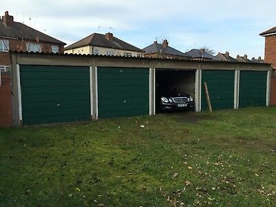 5x Concrete sectional garage very good condition