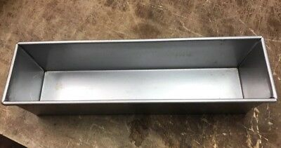 Focus Foodservice - 904650 - 16 in x 4 in Pullman Bread Pan