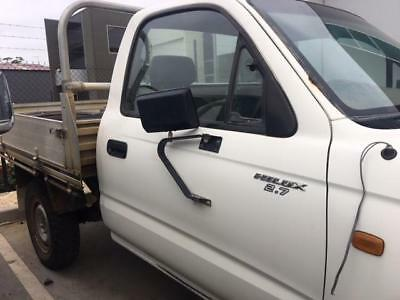 Toyota Hilux Right Front 1/4 Door Glass Single/extra Cab, 09/97-03/05 97 98 99 0