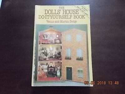 4 x dolls house do it yourself books 400 picclick uk the dolls house do it yourself book solutioingenieria Image collections