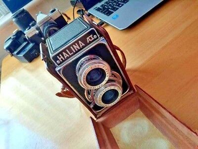 Collection of old-ish cameras and still/ video camcorder