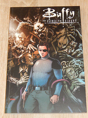 BUFFY The Vampire Slayer Staffel 9, Teil 1: Im Freien Fall VARIANT TPB SIGNIERT!