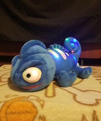 """Cloud B Approx 16"""" Charley the Chameleon Working Night Light & Sound Plush"""