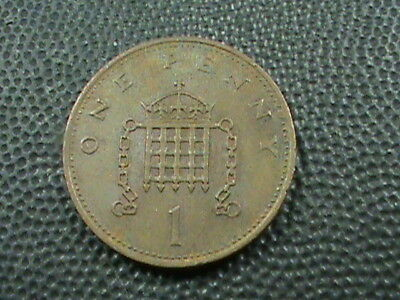 GREAT BRITAIN     1 Penny   1982   ,   $ 2.99  maximum  shipping  in  USA