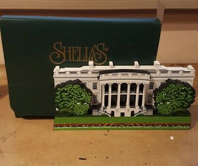 Vintage 1998 Shelia's Collectibles Wooden White House Washington D.C.