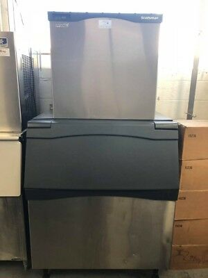 Scotsman Commercial Gourmet Cube Ice Machine (UNDER FACTORY WARRANTY!! )