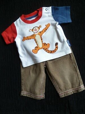 Baby clothes BOY 0-3m Disney Tigger outfit SS t-shirt/brown faded denim trousers