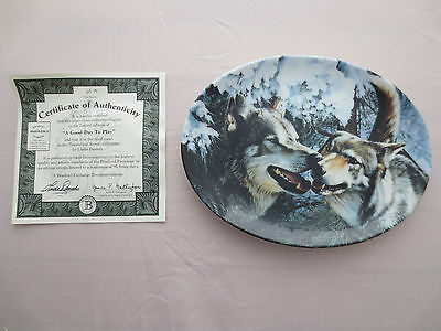A Good Day to Play Wolf Plate Timberland Secrets Linda Daniels Bradford Exchange
