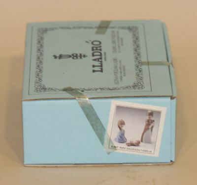 3 Retired Lladro Spain Porcelain Ornaments in Sealed Box Mini Holy Family 5657