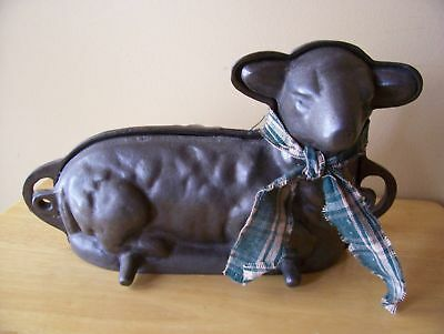 Antique Cast Iron LAMB  Cake Pan Mold Prim  early 19th c Fast Free Ship