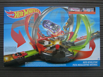 Hot Wheels Mega-Looping Crashbahn Roto Revolution Track Set Neu