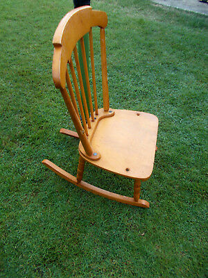 1990's VINTAGE KIDS COLONIAL STYLE WOOD FURNITURE ROCKING CHAIR or DOLL DISPLAY