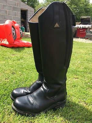 Mountain Horse Boots size 4 small adults/childs