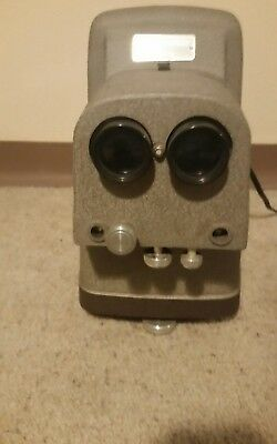 Tdc Stereo Vivid Deluxe Model 716A Projector