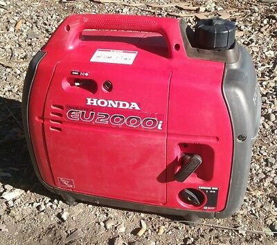 Honda EU2000i Super Quiet 2000W   Portable Generator with Inverter