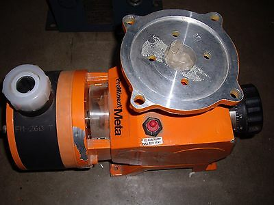 PROMINENT FLUID CONTROLS Metering Pump
