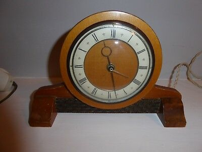 Smiths English mantle clock in working order