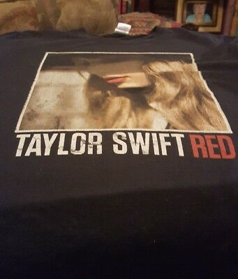 Taylor Swift 2013 Red Concert Tour T-Shirt Medium Black