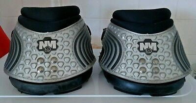 New Mac Easy Care Hoof Boots..Two Boots