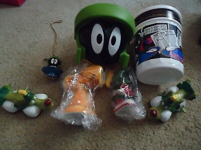 Marvin the Martian Salt and Pepper Shaker, Fan Pull
