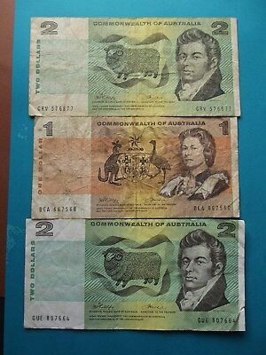 """1972 """"Commonwealth of Australia"""" Paper Banknotes 1x$1 & 2x$2- 3 Notes"""