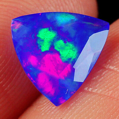 0.95CT Ethiopian Light Blue Opal Faceted Cut Play Of Color MQQB97