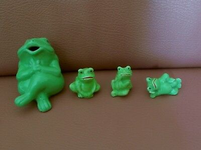 4 Funny Green Frogs