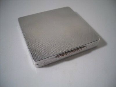 A Very Good Quality Art Deco Style Silver & Gold Compact : Birmingham 1955