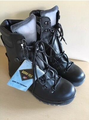 ECW British Armed Forces Combat Black Leather Gor-tex Pro Boots Size 6 Small (2)