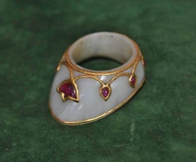 Rare ottoman mughal mutton fat white jade nephrite ruby studed archer thumb ring