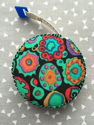 Kaffee fassett retractable tape measure sewing knitting quilting patchwork