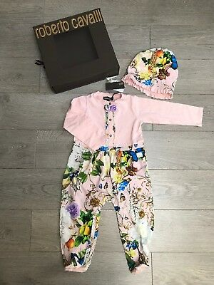 New Boxed Roberto Cavalli Set of Baby Grow & Hat RRP €190 24months Girl gift set