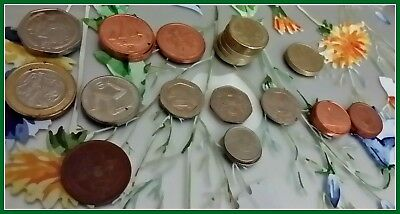 THE ISLE OF MAN * LOT OF 27 OLD COINS * Very Collectible * Free Shipping