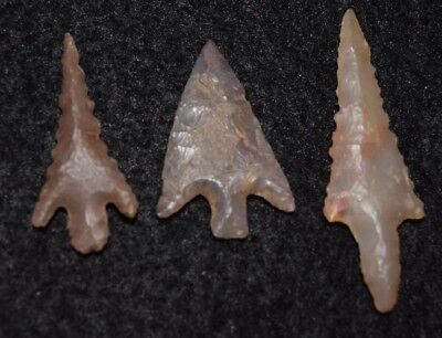 3 best quality Sahara Neolithic stemmed style projectile points