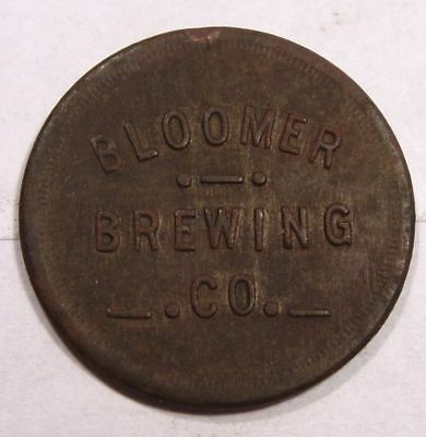 Bloomer, Wisconsin Token.  Bloomer Brewing Co.  50¢ with Return. Chippewa Co.