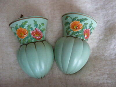 TWO BRENTLEIGH WARE KENT WALL VASES 17 cm ART DECO PAIR OF WALL POCKETS ENGLAND