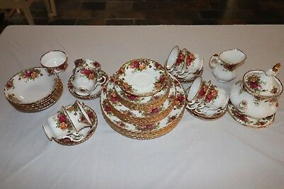 46 piece royal albert old country roses dinner set