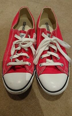 Converse Chuck Taylor dainty low tops red size 9